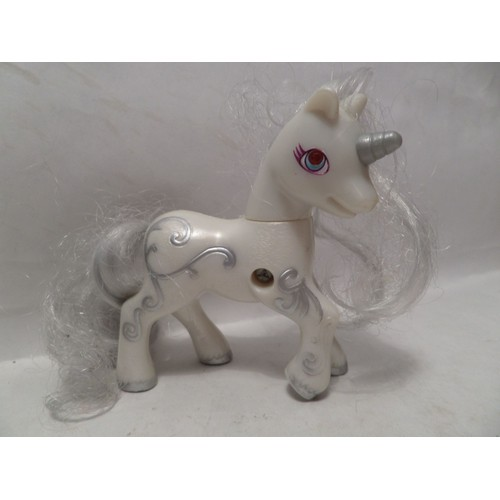 figurine my little pony petit poney licorne blanche - Poney Licorne