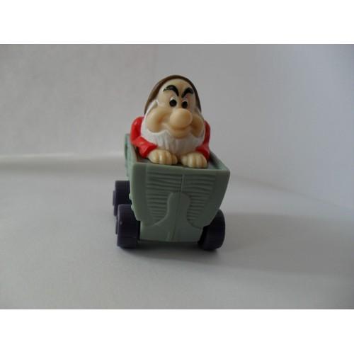 Figurine nain grincheux dans un wagon de blanche neige et - Le nain grincheux ...