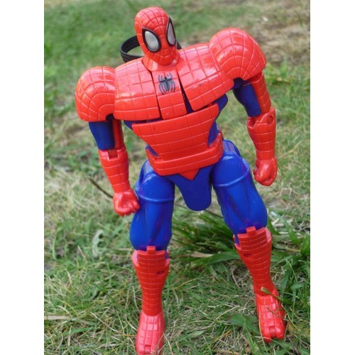 figurine spider man transformable 18 cm neuf et d 39 occasion. Black Bedroom Furniture Sets. Home Design Ideas