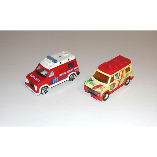 fourgon van majorette lot 2 voitures pompier ambulance et. Black Bedroom Furniture Sets. Home Design Ideas