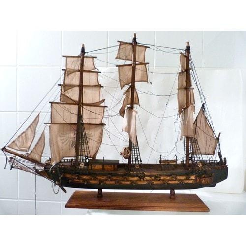 fregate esp gnole 18 me si cle en bois maquette bateau rakuten. Black Bedroom Furniture Sets. Home Design Ideas