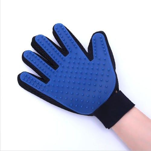 gants de toilettage pour animaux chien chat caresses et. Black Bedroom Furniture Sets. Home Design Ideas