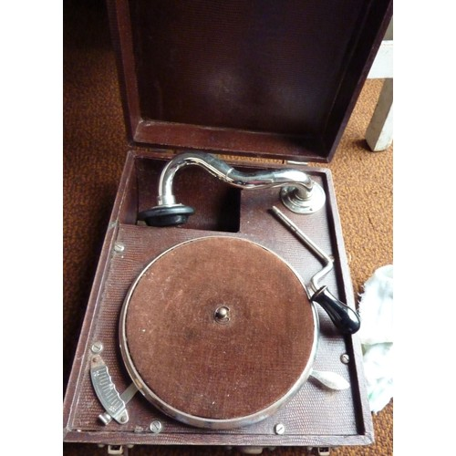 gramophone tourne disque pathe 1920 neuf et d 39 occasion rakuten. Black Bedroom Furniture Sets. Home Design Ideas