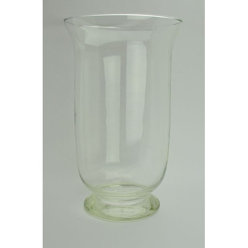 grand vase en verre a poser au sol idee deco grand vase en verre se rapportant dco de printemps. Black Bedroom Furniture Sets. Home Design Ideas