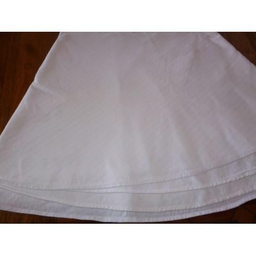 paule marrot linge de lit Grande Nappe Ronde En Coton Blanc Damassée De Petits Dessins  paule marrot linge de lit