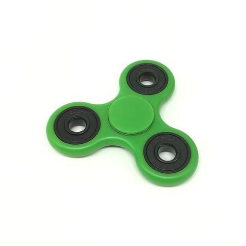 gyroscope jouet de table filet la main abs tri spinner jouet d enfant vert hand spinner. Black Bedroom Furniture Sets. Home Design Ideas