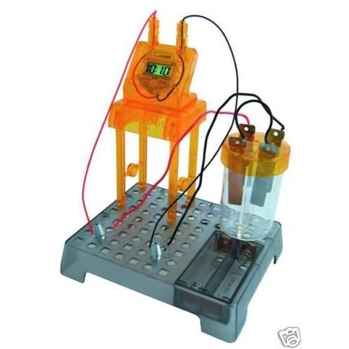 horloge digitale ecologique en kit fonctionnant avec une pile eau. Black Bedroom Furniture Sets. Home Design Ideas