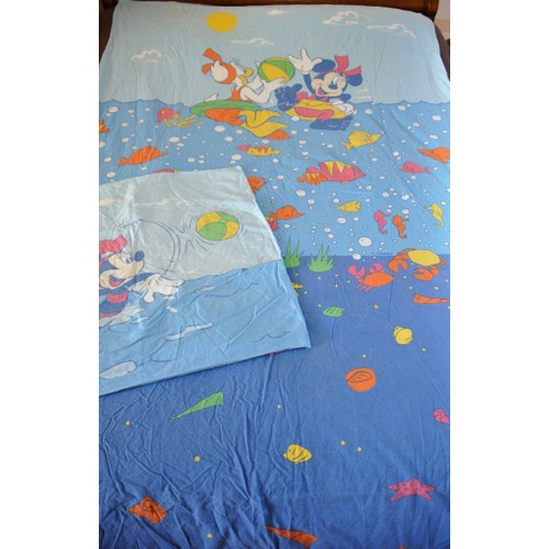 housse de couette minnie la mer r versible sa taie d 39 oreiller. Black Bedroom Furniture Sets. Home Design Ideas