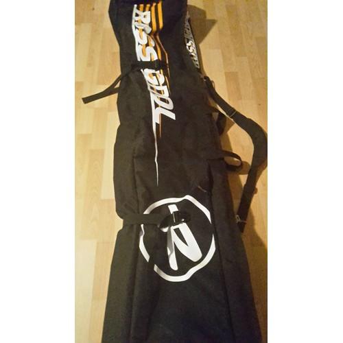 https   fr.shopping.rakuten.com offer buy 2740633616 housse-de-ski ... 1a0bb8812030a