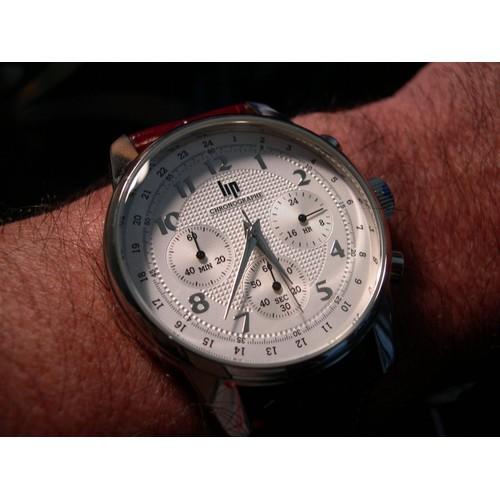 lip chronographe achat vente de montre priceminister rakuten. Black Bedroom Furniture Sets. Home Design Ideas