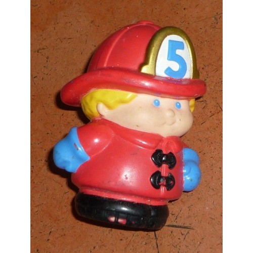 little tikes pompier personnage 7 cm achat vente de jouet rakuten. Black Bedroom Furniture Sets. Home Design Ideas