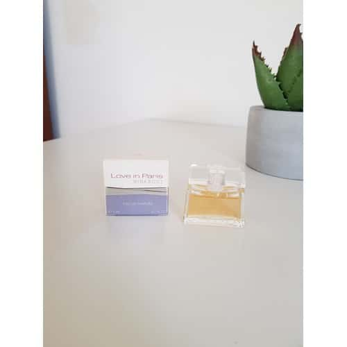 love-in-paris-de-nina-ricci-miniature-de-parfum-1239027349_L.jpg