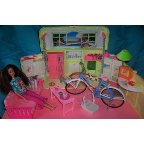 maison radio de barbie achat vente neuf occasion priceminister. Black Bedroom Furniture Sets. Home Design Ideas
