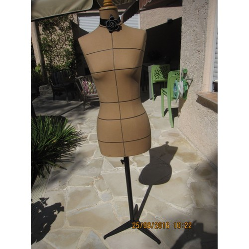 mannequin couture esmod achat et vente. Black Bedroom Furniture Sets. Home Design Ideas