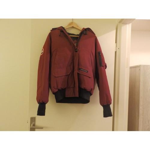 manteau canada goose femme fourrure 38 bordeaux achat et vente. Black Bedroom Furniture Sets. Home Design Ideas