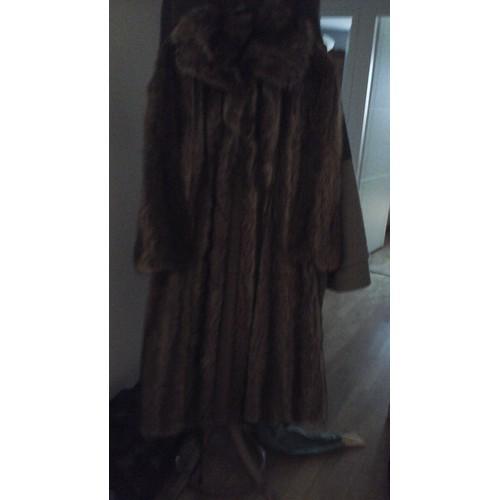 manteau sans marque fabricant manteau de marmotte fourrure l brun. Black Bedroom Furniture Sets. Home Design Ideas