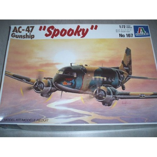 maquette avion ac 47 gunship italeri au 1 72 me neuf et d 39 occasion. Black Bedroom Furniture Sets. Home Design Ideas
