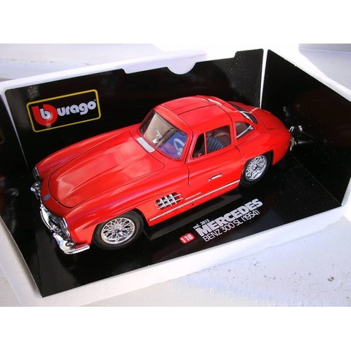 maquette burago mercedes 300 sl m tal rouge 1 18 me. Black Bedroom Furniture Sets. Home Design Ideas