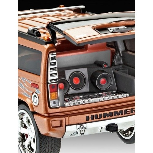 maquette revell hummer h2 suv 1 25 07186 neuf et d 39 occasion. Black Bedroom Furniture Sets. Home Design Ideas