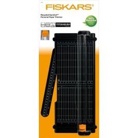 massicot surecut recycl a4 30 cm lame titanium fiskars. Black Bedroom Furniture Sets. Home Design Ideas