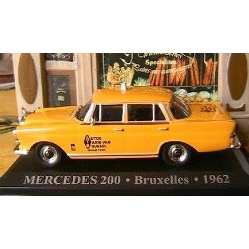mercedes 200 taxi bruxelles 1962 1 43 belgique ixo altaya. Black Bedroom Furniture Sets. Home Design Ideas