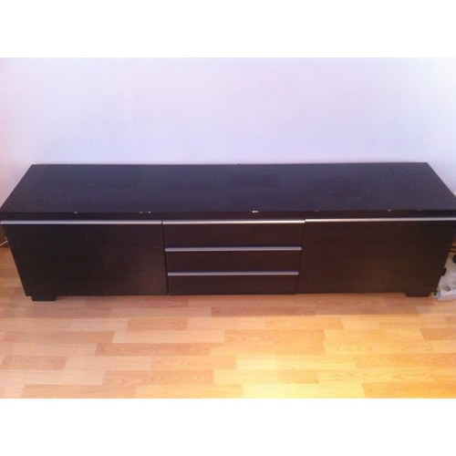 meuble tv noir laqu ikea table de lit. Black Bedroom Furniture Sets. Home Design Ideas