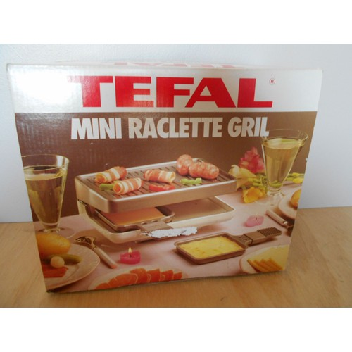 mini raclette grill tefal toi et moi pour 2 391050 achat et vente. Black Bedroom Furniture Sets. Home Design Ideas