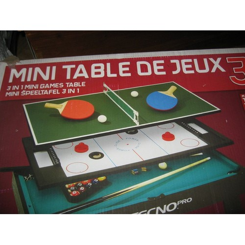 Mini table de jeux 3 en 1 tennis de table hockey billard for Table 4 en 1