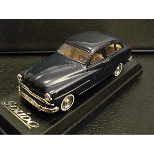 miniature ford vedette 1953 solido 1 43 solido neuf et d 39 occasion. Black Bedroom Furniture Sets. Home Design Ideas
