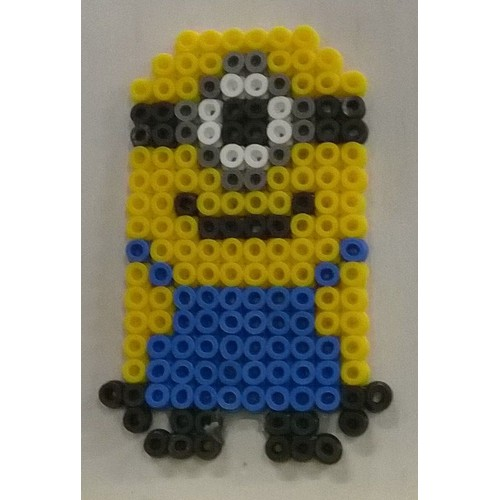 minion en perles hama perler neuf et d 39 occasion priceminister. Black Bedroom Furniture Sets. Home Design Ideas