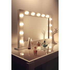 miroir de maquillage hollywood brillant blanc lampes led blanc froid k313cw. Black Bedroom Furniture Sets. Home Design Ideas