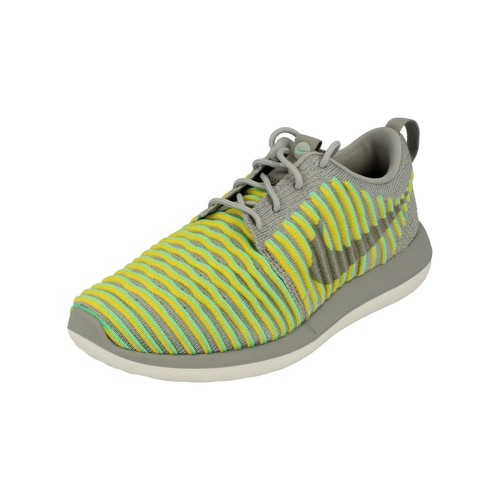 Nike Femme Roshe Two Flyknit 844929 004  Chaussures décontractées