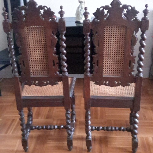 paire de chaises paill es de style louis xiii du 19 ou 20 me si cle. Black Bedroom Furniture Sets. Home Design Ideas