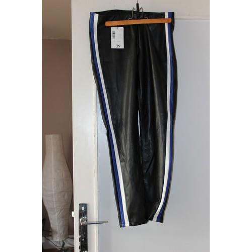 6b49c6b9b04e4 Pantalon La Halle By Kookai Simili Cuir 40 Noir - Achat et vente