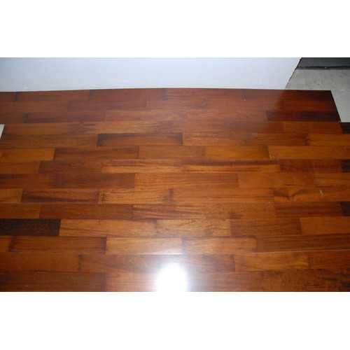parquet flottant merbau achat vente de d coration. Black Bedroom Furniture Sets. Home Design Ideas