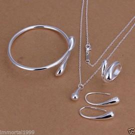 Petite annonce Parure Collier, Bracelet, Boucles D'oreilles Et Bague En Argent 925 Neuf! - 59000 LILLE