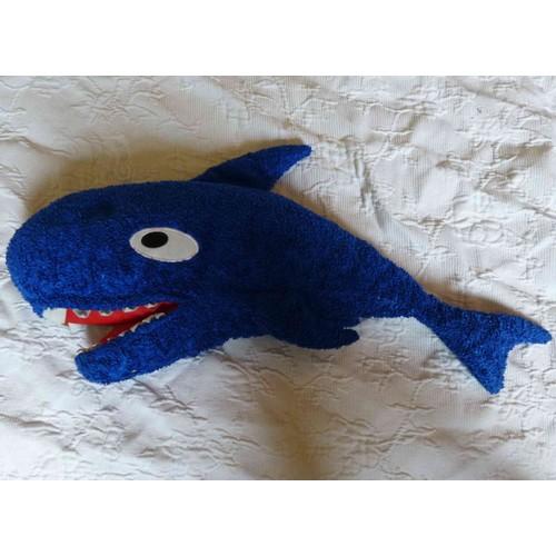 peluche doudou requin bleu et rouge ikea l 58 cm nageoire caudale comprise korall haj. Black Bedroom Furniture Sets. Home Design Ideas