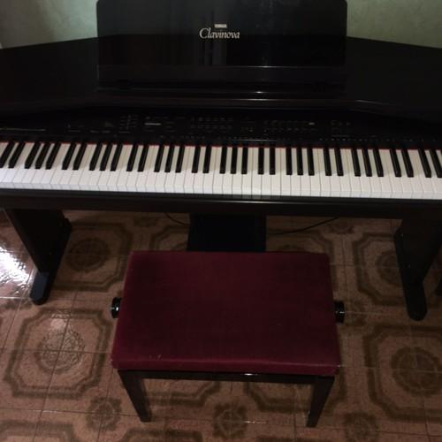piano numerique yamaha clavinova cvp 35 achat et vente. Black Bedroom Furniture Sets. Home Design Ideas