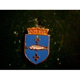 Pin's Armoirie De La Ville De Poissy 78