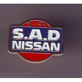 Pins - Joli Pins Nissan - Dijon - Tres Bon Etat -