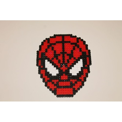 pixel art t te de spider man avec des perles repasser hama. Black Bedroom Furniture Sets. Home Design Ideas