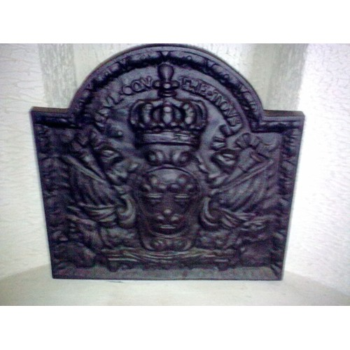 plaque ancienne de cheminee fonte achat et vente. Black Bedroom Furniture Sets. Home Design Ideas
