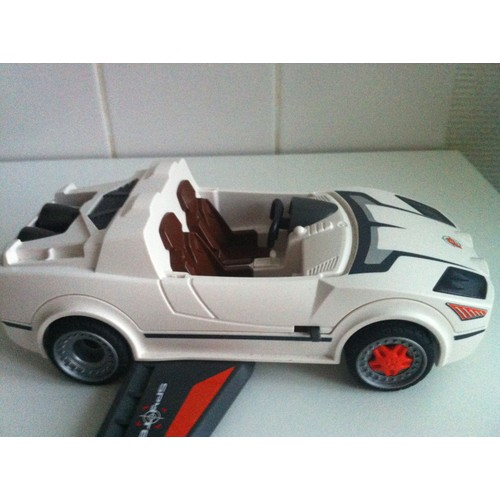 playmobil voiture futuriste turbo achat et vente. Black Bedroom Furniture Sets. Home Design Ideas