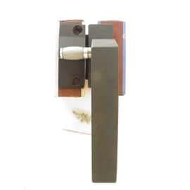 poign e de fen tre de chassis basculant avec sa gache alu poxy noir mat. Black Bedroom Furniture Sets. Home Design Ideas