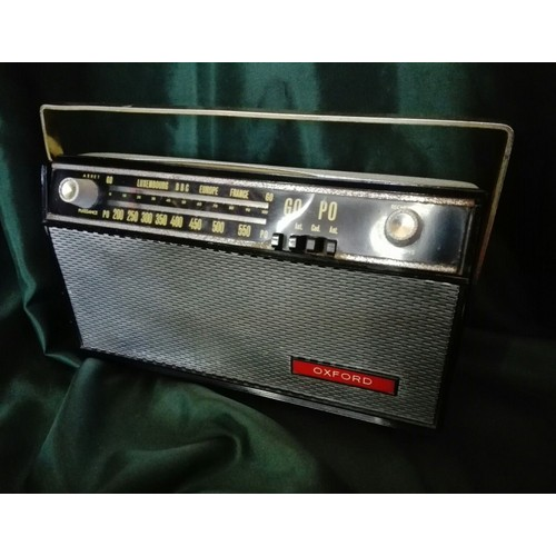 poste radio transistor vintage oxford petites ondes grandes ondes. Black Bedroom Furniture Sets. Home Design Ideas