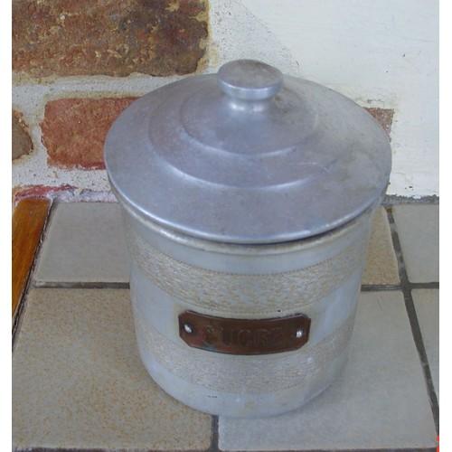 pot pice boite sucre ancienne en aluminium laiton ronde avec son couvercle ann es 30. Black Bedroom Furniture Sets. Home Design Ideas