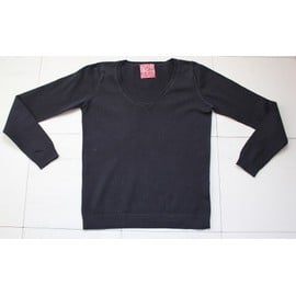 Pull Cache-Cache Noir Col V Taille 3