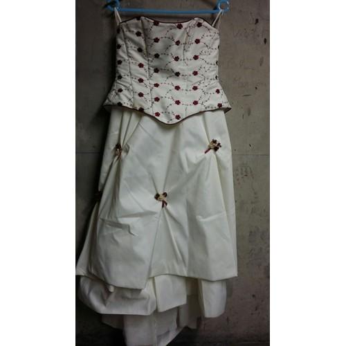 robe de mari e point mariage bustier polyester 40 blanche. Black Bedroom Furniture Sets. Home Design Ideas