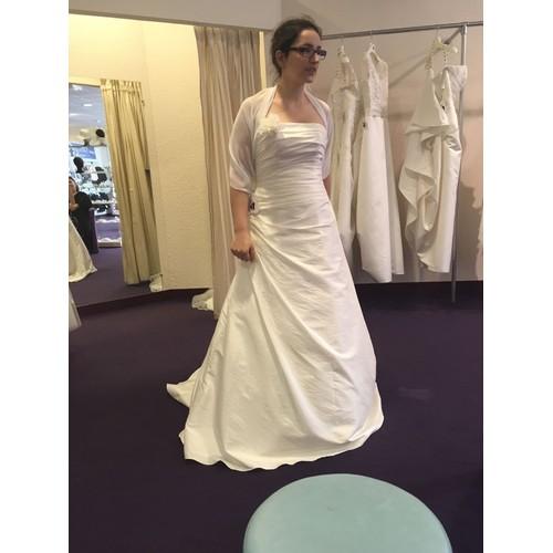 robe de mariee madras point mariage - Point Mariage Herblay