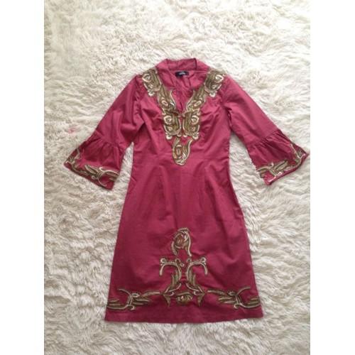 Robe rose fushia et dore